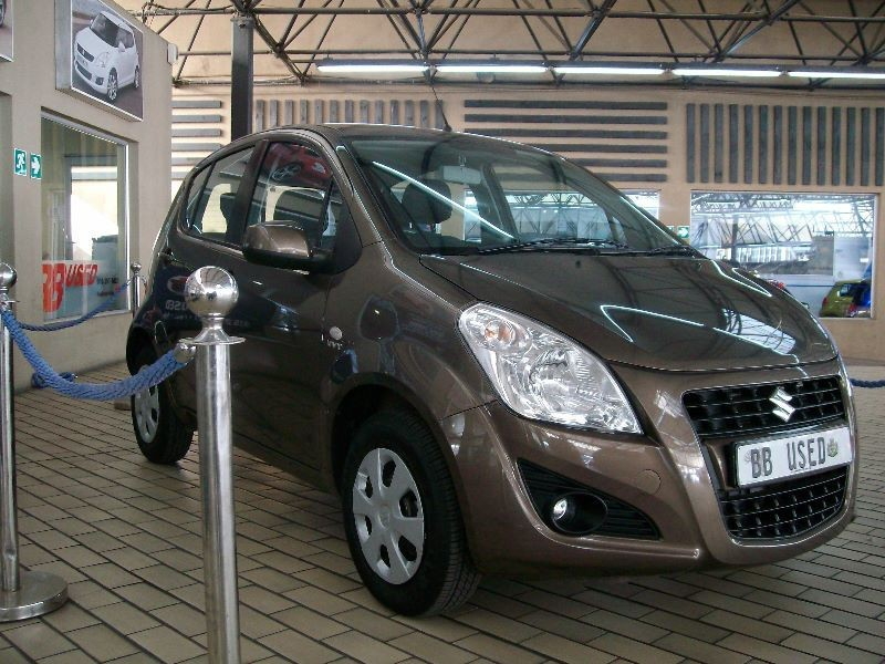 Suzuki Splash 1.2 2014 photo - 4