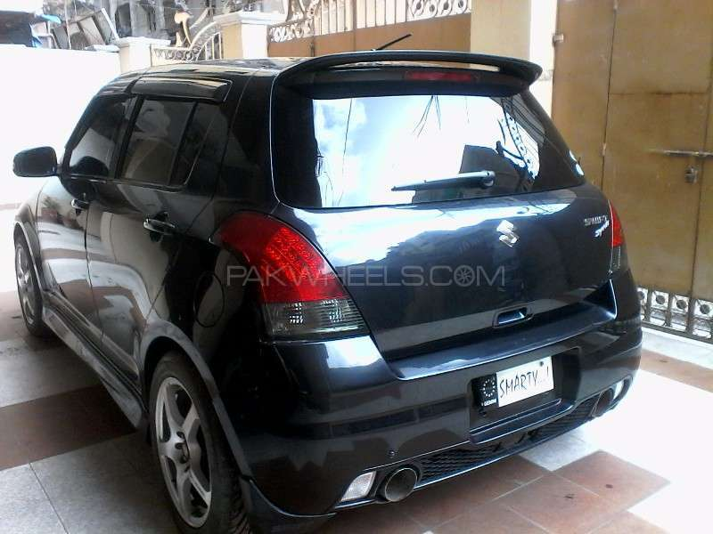 Suzuki Swift 1.2 2012 photo - 1