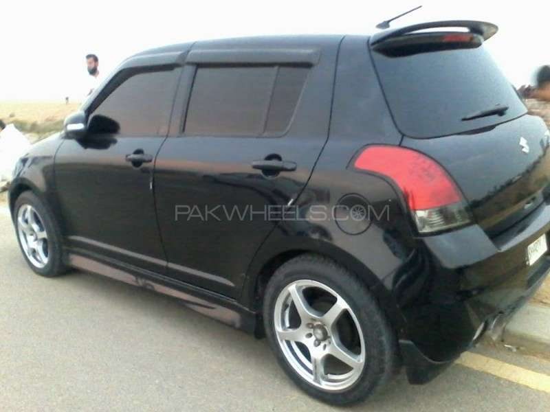 Suzuki Swift 1.2 2012 photo - 3