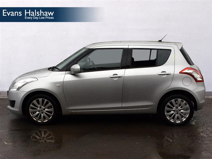Suzuki Swift 1.2 2012 photo - 8