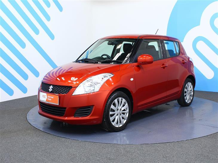 Suzuki Swift 1.2 2013 photo - 12