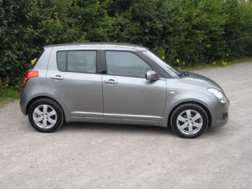 Suzuki Swift 1.3 2008 photo - 5