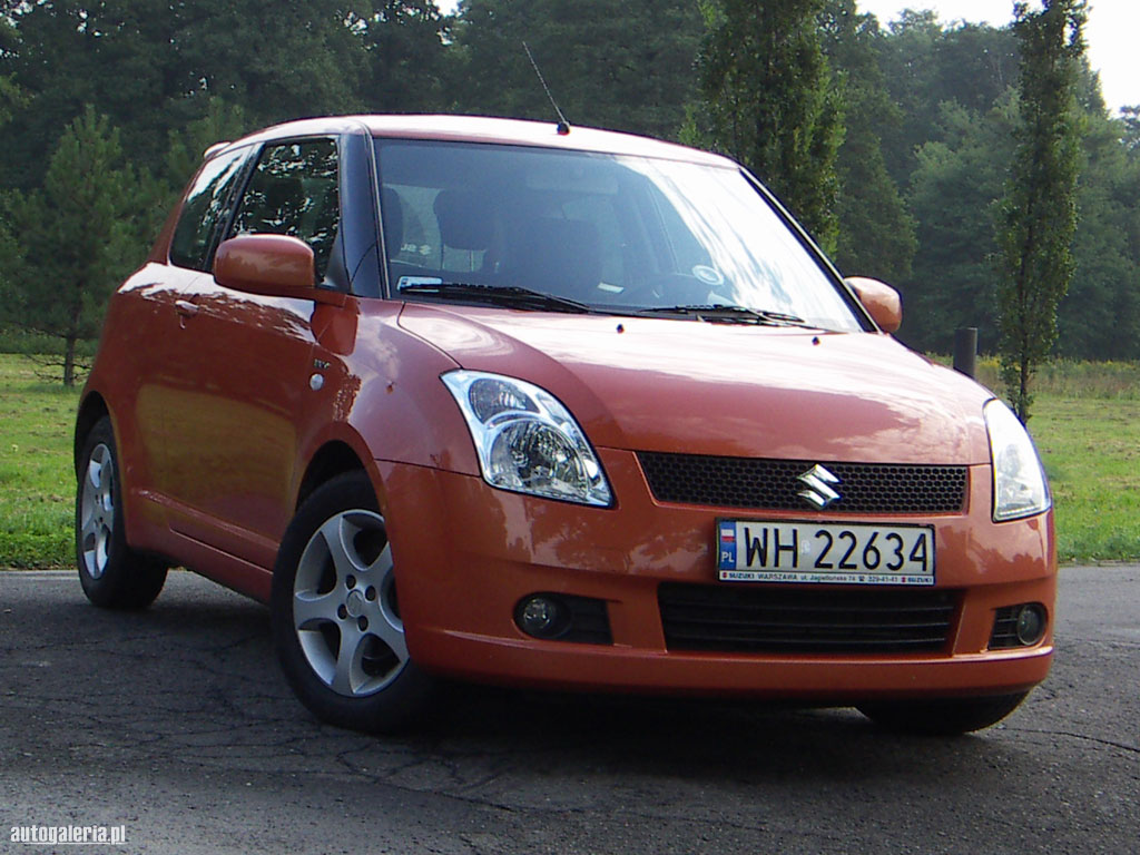 Suzuki Swift 1.5 2003 photo - 3