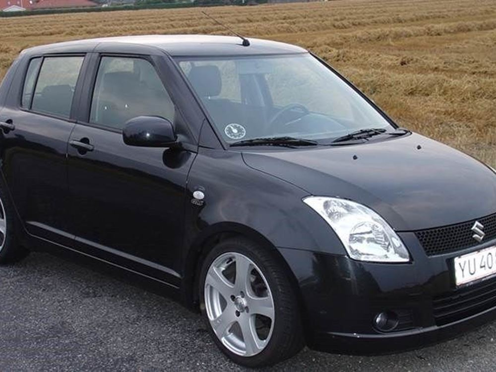 Suzuki Swift 1.5 2003 photo - 6