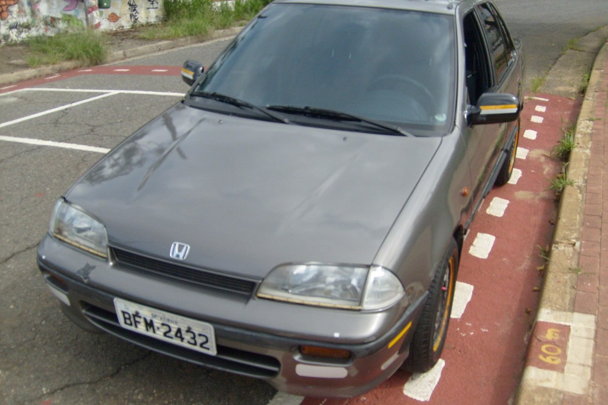 Suzuki Swift 1.6 1992 photo - 12
