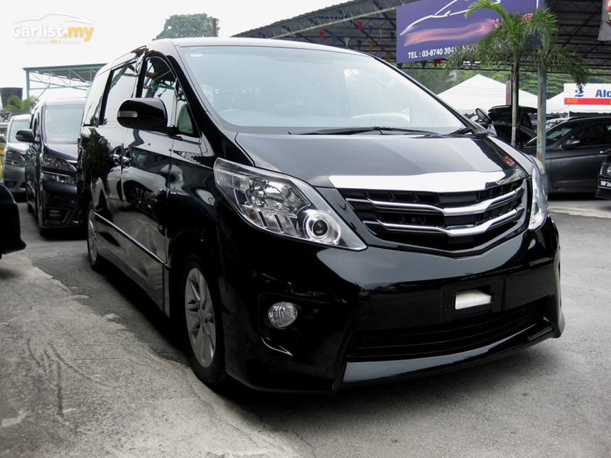 Toyota Alphard 2.4 2011 photo - 12