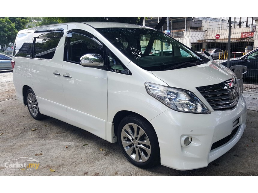 Toyota Alphard 2.4 2011 photo - 9