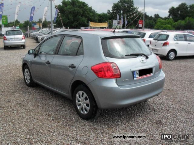 Toyota Auris 1.33 2009 photo - 3
