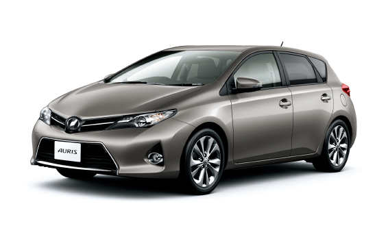 Toyota Auris 1.5 2012 photo - 1