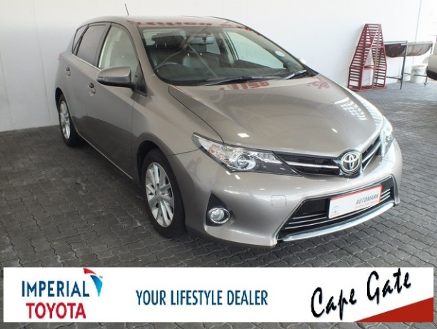 Toyota Auris 1.6 2013 photo - 8