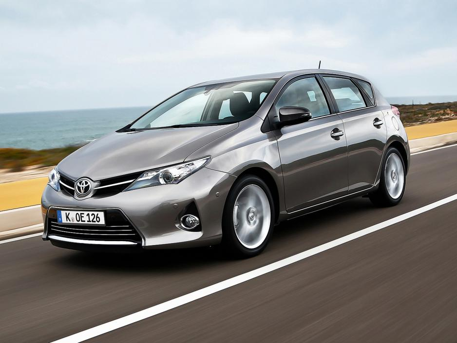 Toyota Auris 1.6 2013 photo - 9