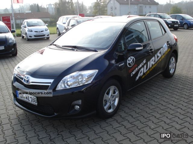 Toyota Auris 1.8 2011 photo - 10