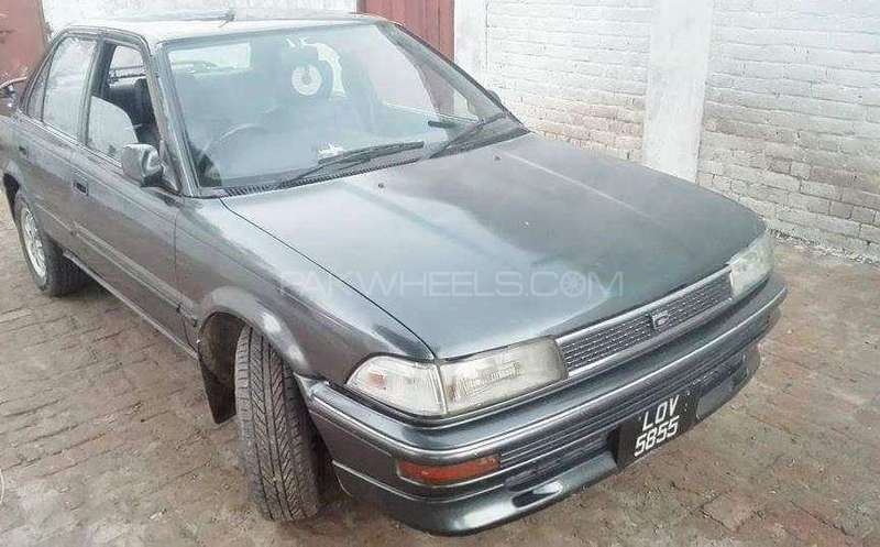 Toyota Corolla 1.3 1991 photo - 2