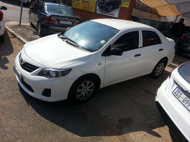 Toyota Corolla 1.3 2014 photo - 11