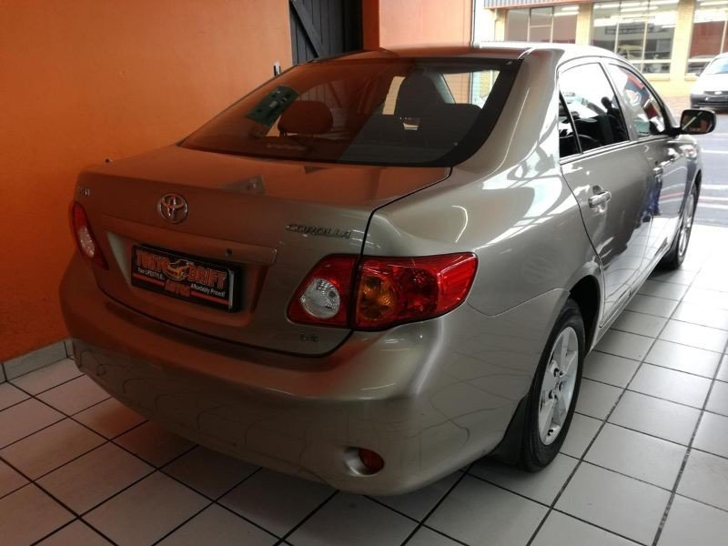 Toyota Corolla 1.4 2007 photo - 12