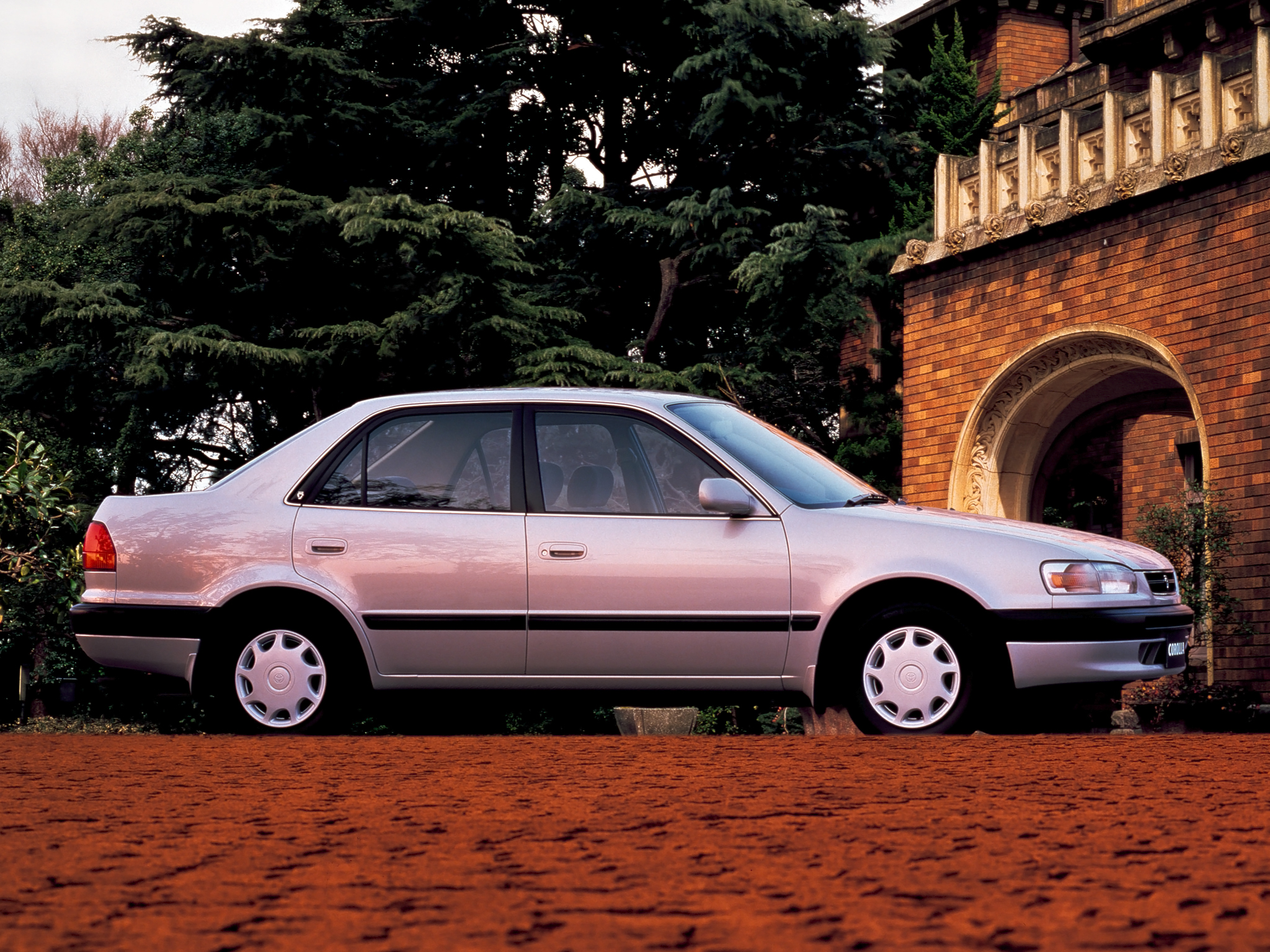 Toyota Corolla 1.5 1996 photo - 2
