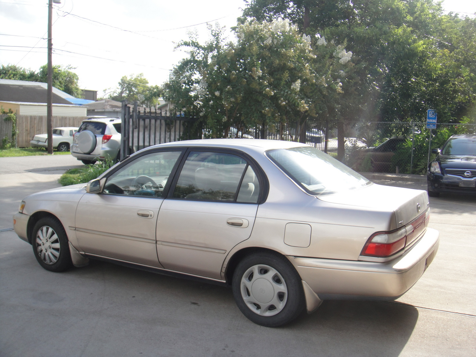 Toyota Corolla 1.5 1996 photo - 8