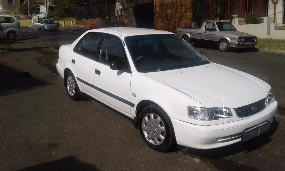 Toyota Corolla 1.6 2002 photo - 9