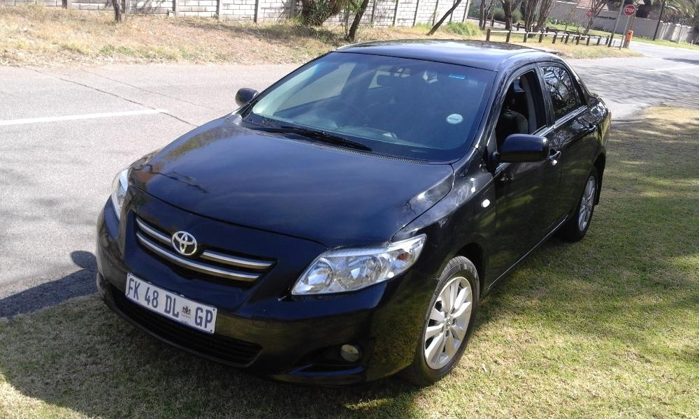 Toyota Corolla 1.8 2010 photo - 12