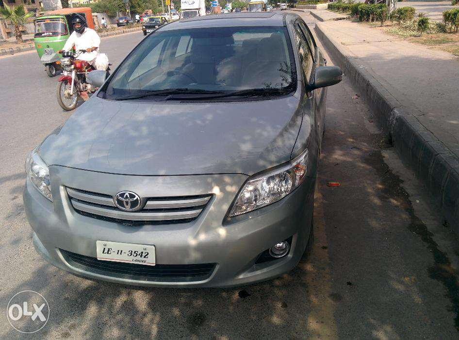 Toyota Corolla 1.8 2011 photo - 1