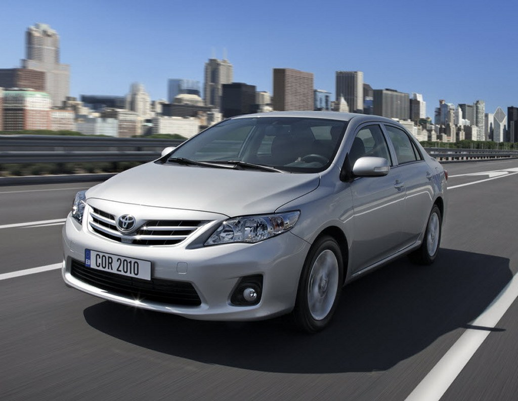 Toyota Corolla 1.8 2011 photo - 12