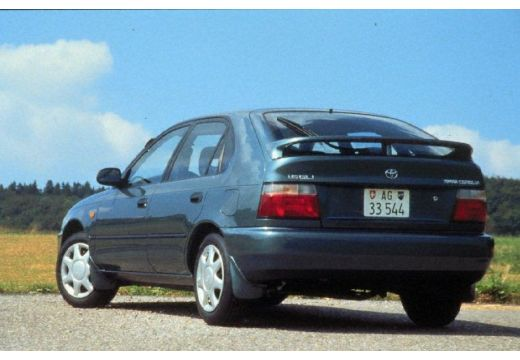 Toyota Corolla 2.0 1993 photo - 1