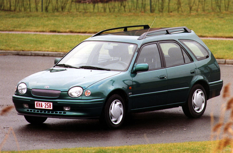Toyota Corolla 2.0 1998 photo - 7
