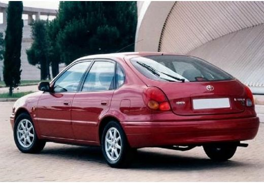 Toyota Corolla 2.0 1999 photo - 6