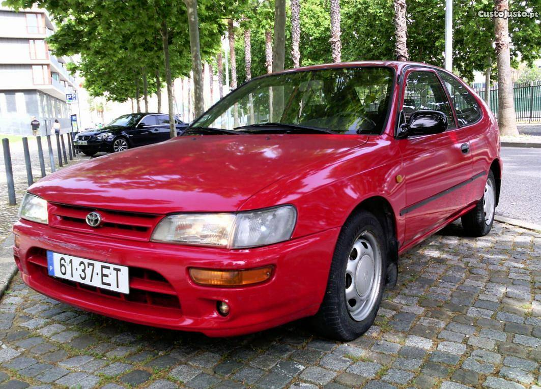 Toyota Corolla 2.0 1999 photo - 9