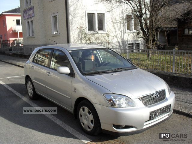 Toyota Corolla 2.0 2004 photo - 11