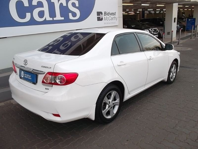 Toyota Corolla 2.0 2012 photo - 9