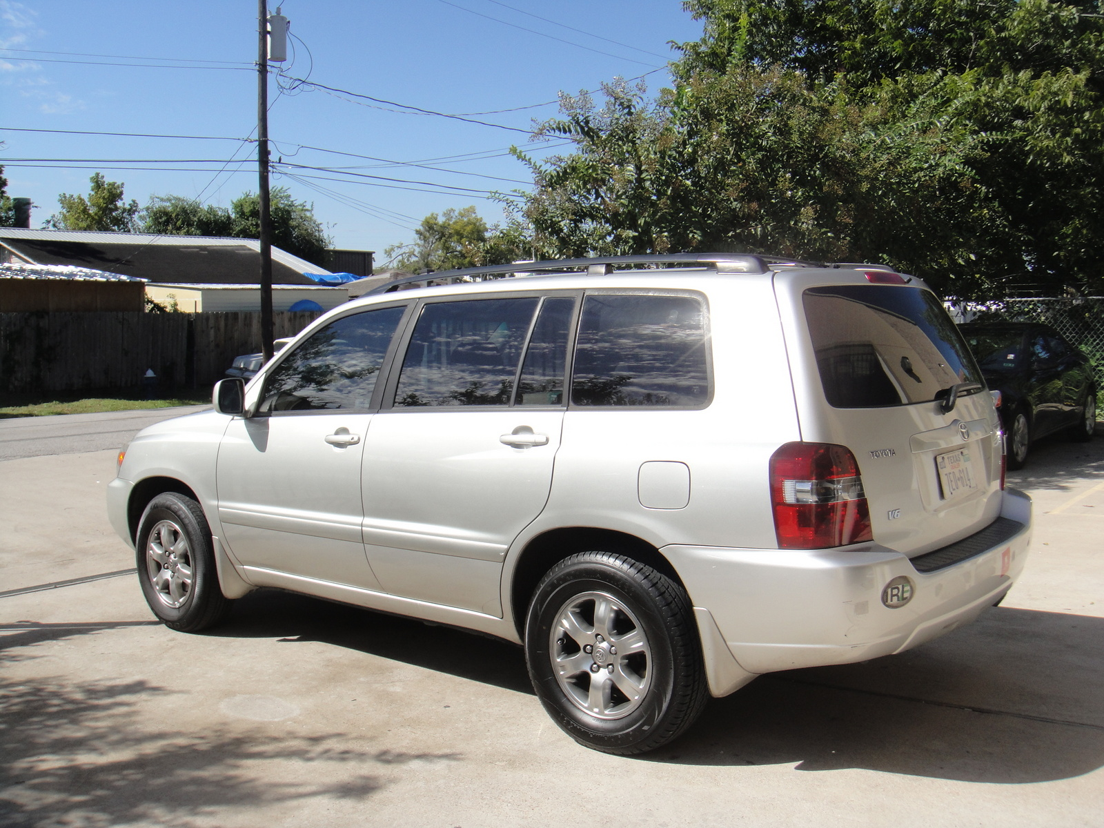 Toyota Highlander 3.3 2005 photo - 1