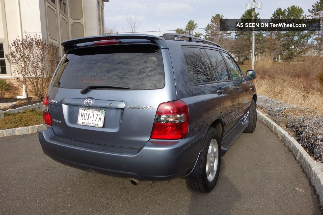 Toyota Highlander 3.3 2005 photo - 11