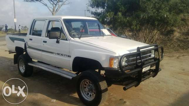 Toyota Hilux 1.8 1990 photo - 6