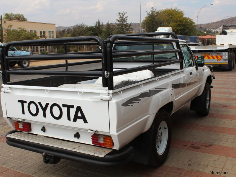 Toyota Hilux 2.0 1996 photo - 7