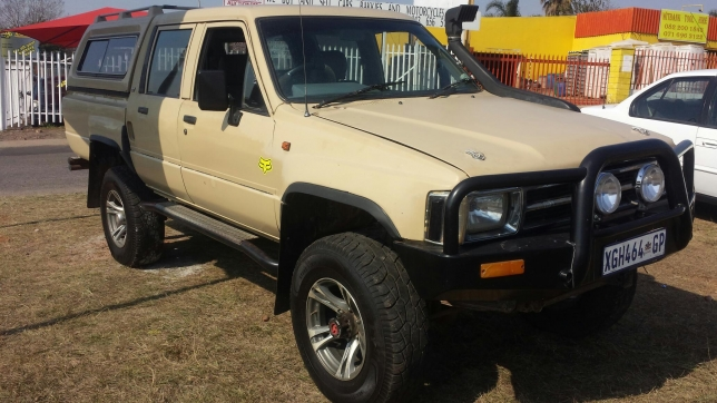Toyota Hilux 2.2 1985 photo - 7