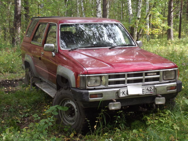 Toyota Hilux 2.4 1986 photo - 9