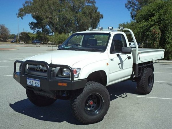 Toyota Hilux 2.4 1987 photo - 8