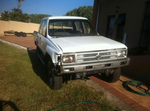 Toyota Hilux 2.4 1989 photo - 5