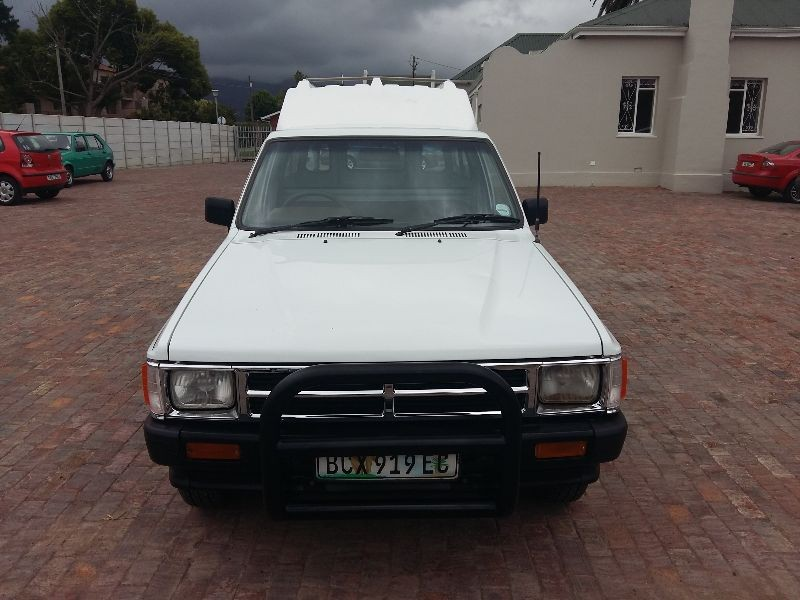 Toyota Hilux 2.4 1991 photo - 10