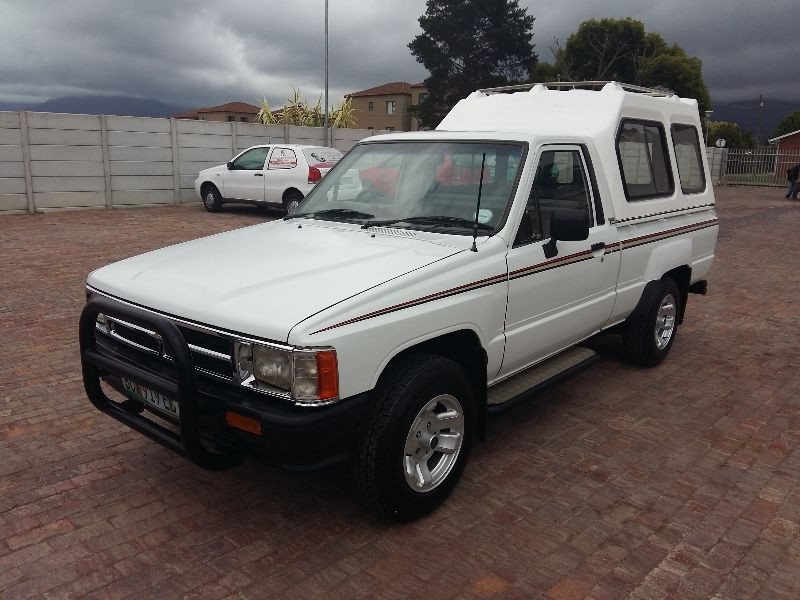Toyota Hilux 2.4 1991 photo - 4