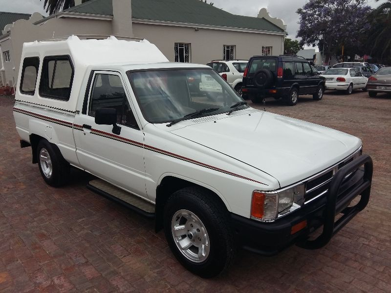 Toyota Hilux 2.4 1991 photo - 5