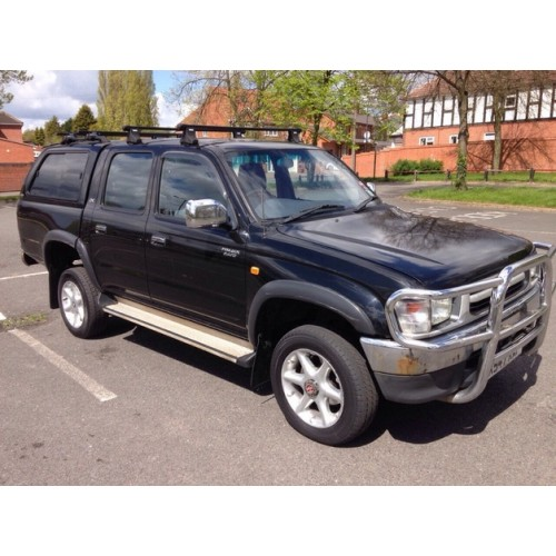 Toyota Hilux 2.4 2001 Technical Specifications