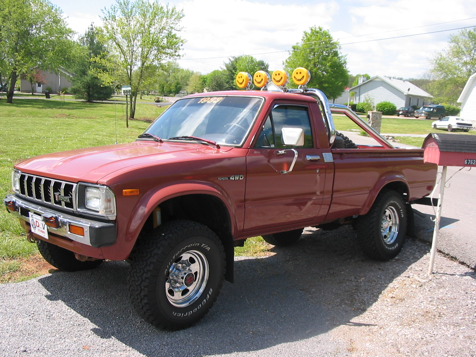 Toyota Hilux 2.5 1983 photo - 11
