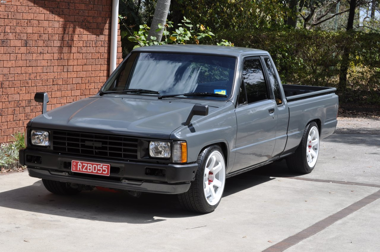 Toyota Hilux 2.5 1986 photo - 3