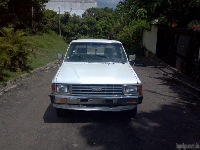 Toyota Hilux 2.5 1986 photo - 4