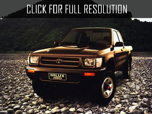Toyota Hilux 2.5 1988 photo - 2