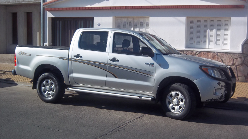 Toyota Hilux 2.5 2006 photo - 8