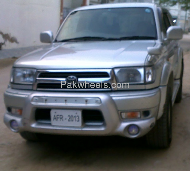 Toyota Hilux 2.7 1999 photo - 5