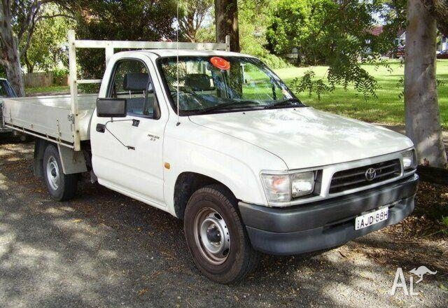 Toyota Hilux 2.7 2000 photo - 1